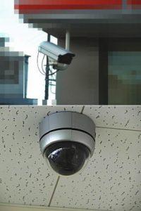コンビニの防犯カメラ