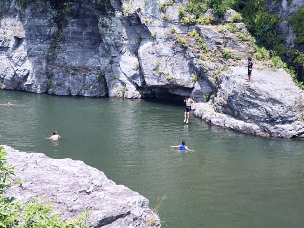 若者と子どもの水難事故