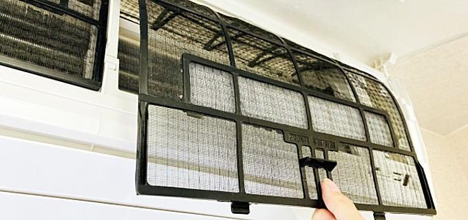 エアコンのフィルター清掃